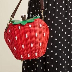 Handbags - Woven Wicker STRAWBERRY BAG